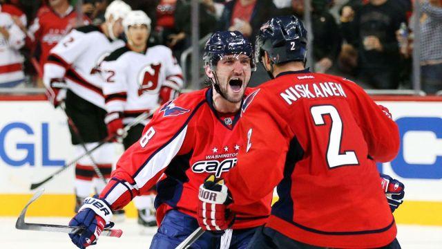 101015-NHL-Washington-Alex-Ovechkin-celebrates-with-Matt-Niskanen-MM-PI.vresize.1200.675.high.45