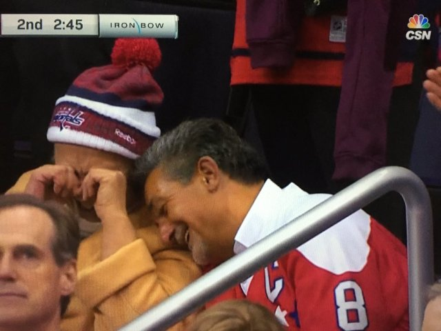 ted-leonsis-alex-ovechkin'smother-500th-goal