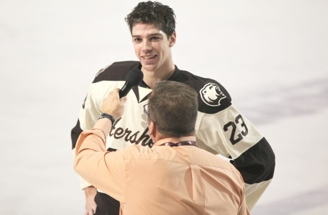 zach-sanford-hershey-bears-two-goals