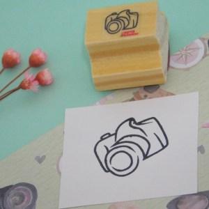 Carimbo câmera fotográfica pequena