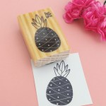 Carimbo abacaxi 1 (Coleção Ivy Larrea)