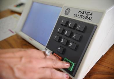 Políticos defendem adiamento das eleições municipais para o mês de dezembro