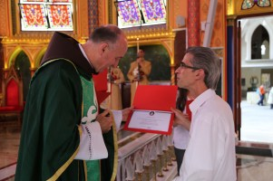 Entrega dos Certificados do Curso sobre os Sacramentos (2)