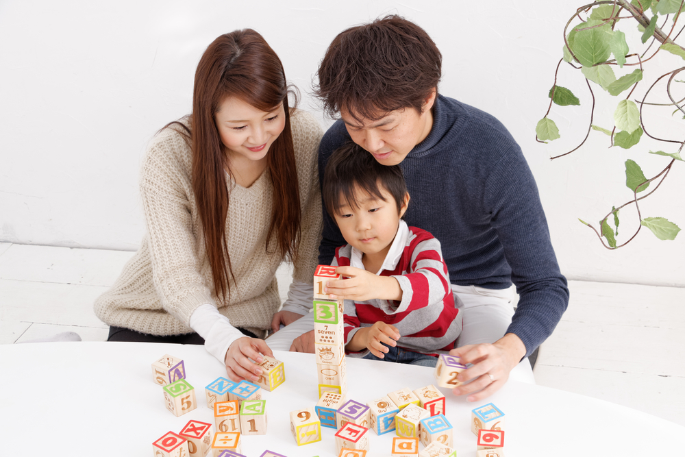 japanese-child-playing-and-learning