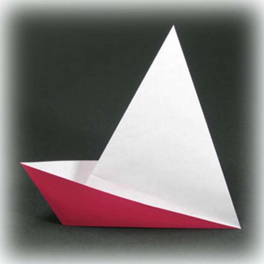 простое оригами из бумаги кораблик