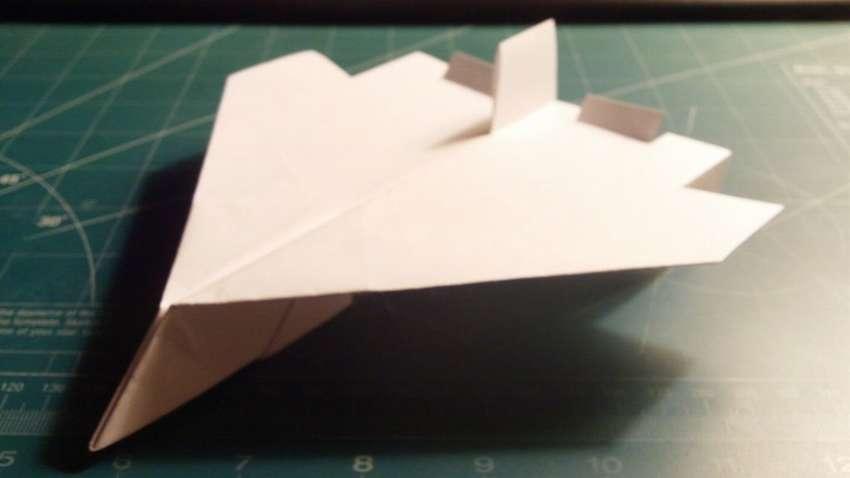 как сделать самолет из бумаги поэтапно