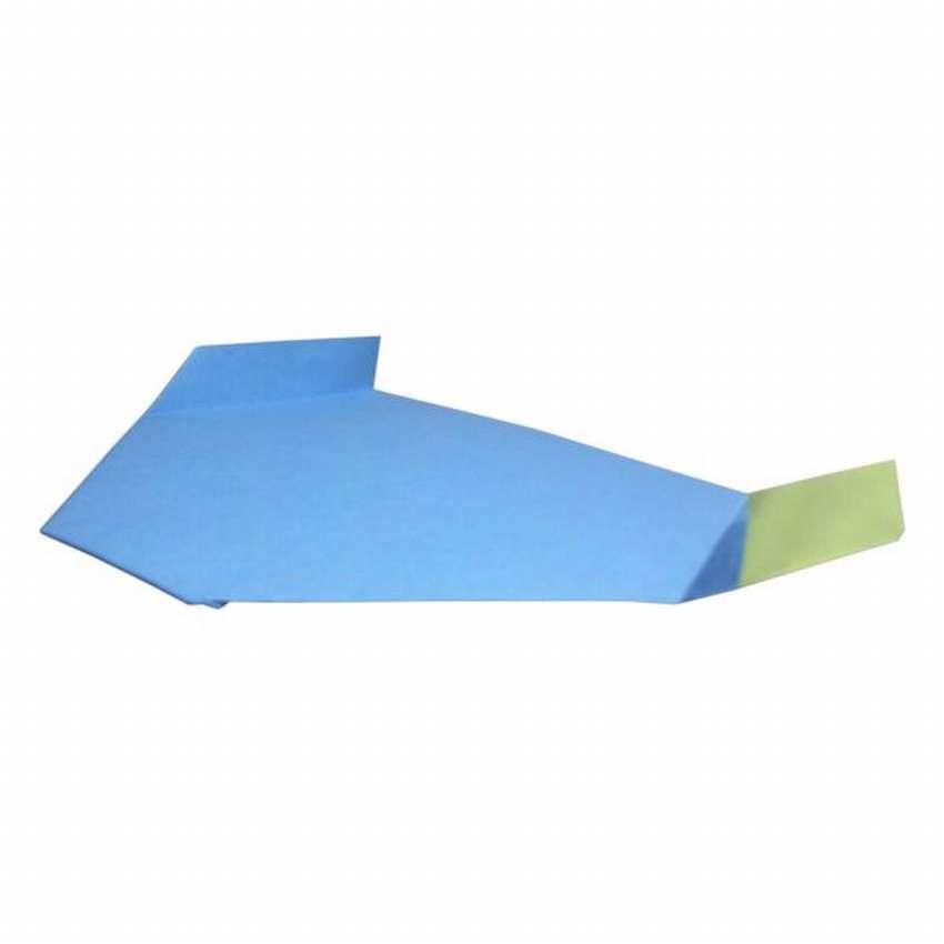 бумажный самолет летучая мышь