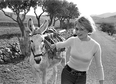 César Lucas retrató a Brigitte Bardot en Almería en 1968.