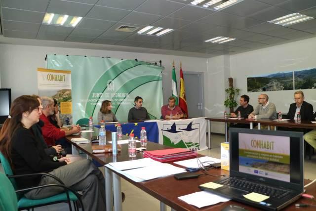 Reunión entre los responsables de Life Conhabit Andalucía y representantes municipales.