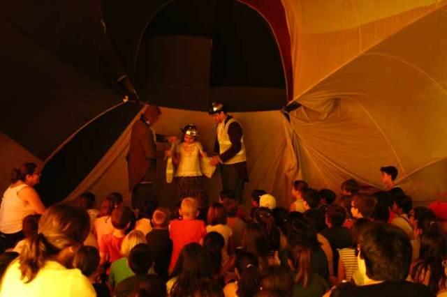 'Farrés Brother i Cia' ha presentado un espectáculo en el Auditorio.