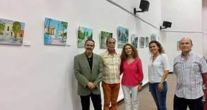 """de izquierda a derecha de la imagen): delegado de Cultura; pintor Fancisco Rodríguez """"Quinco""""; coordinadora provincial de Faisem ; monitora de la Fundación y el sicólogo clínico Antonio Llaguno."""