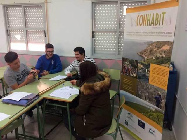 Alumnos del IES Sierra de Gádor trabajan en el proyecto Life Conhabit.