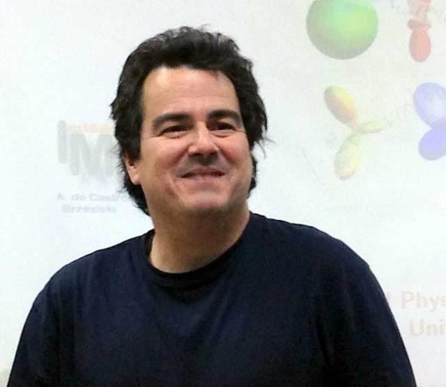 Renato Álvarez será el invitado en los Viernes Científicos.