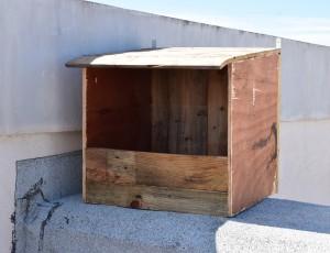 Modelo de caja-nido instalado por los voluntarios de Ecocampus