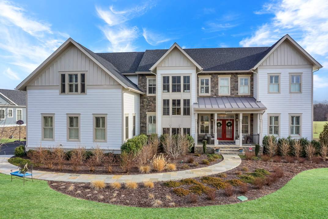 Elevated image of property by Northern Virginia Real Estate Photography.