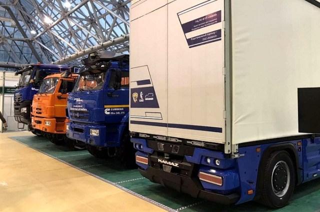 Новый концепт резко отличается от линейки других моделей КАМАЗ.  / Фото: motor.ru
