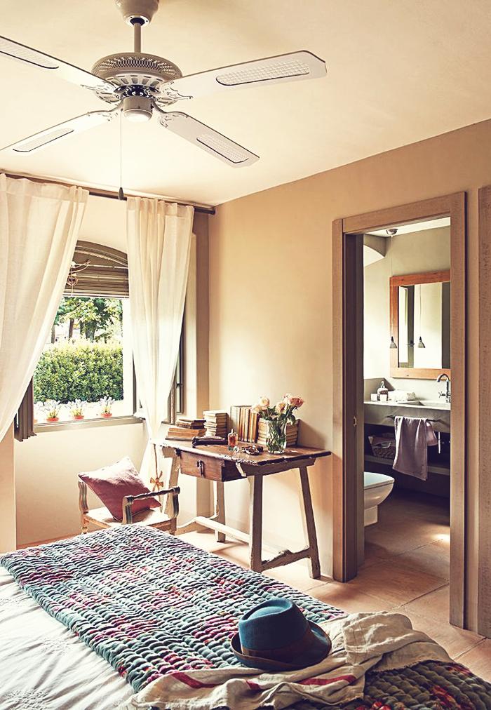 8 interiors - dustjacket attic