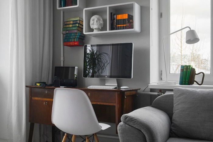 Gorgeous-and-Inspiring-Book-Details-to-Maximize-Office-Corner-Beside-the-Grey-Sofa-Living-Room-Decor-with-LED-Monitor-and-Stacked-Bookshelf-936x624