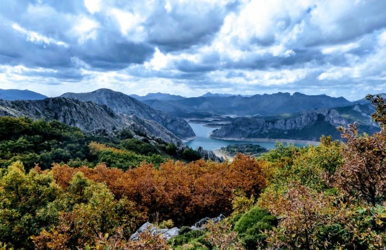 Elige León con NovaWays para tu viaje de fin de curso de multiaventura. Lo pasarás en grande en la montaña leonesa con nuestros programas de actividades de aventura.