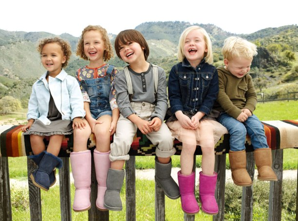 uggs-kids-in-a-row