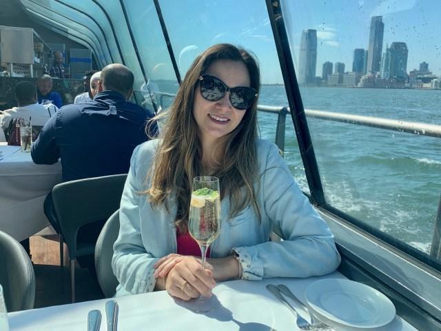 Cruzeiro com Almoço em Nova York