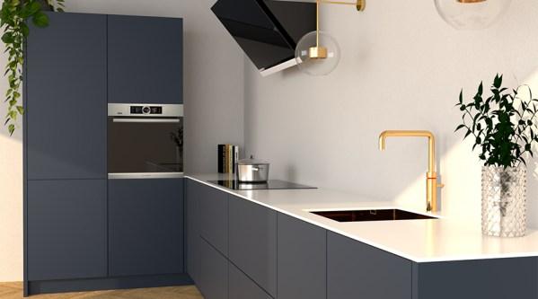 mat-blauwe-keuken-composiet-wit-werkblad