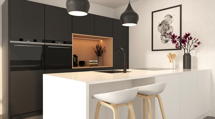 zwarte-keuken-wit-eiland-houten-nis