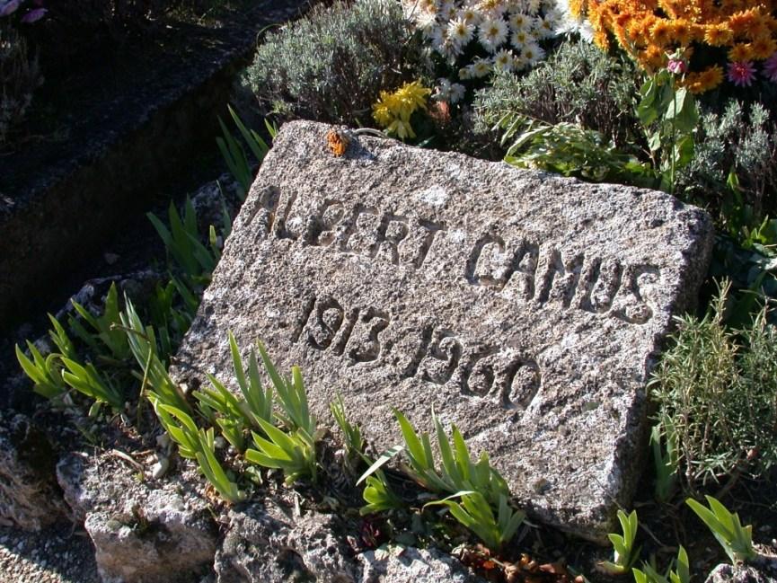 20041113-002_Lourmarin_Tombstone_Albert_Camus