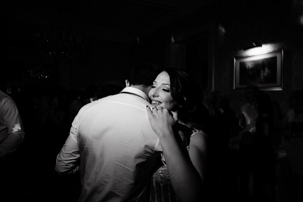 wedding photography reception black and white
