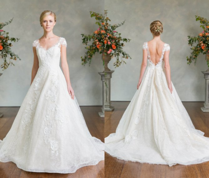 "The ""Judith"" from Lea-Ann Belter Bridal's 2016 Avalon Collection"