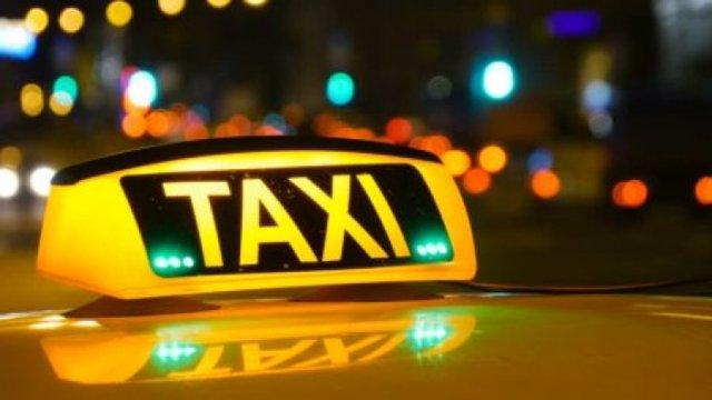 taksist-i-starica-3