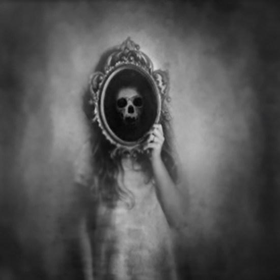 """""""Mirror"""" by Paparapa noviembre nocturno"""