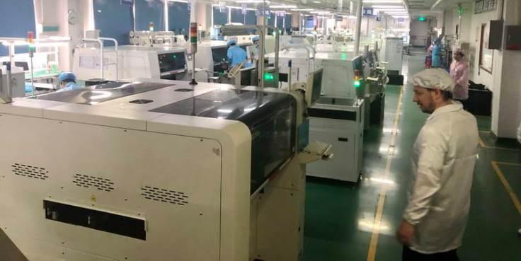цех SMD на фабрике по производству печатных плат в Китае