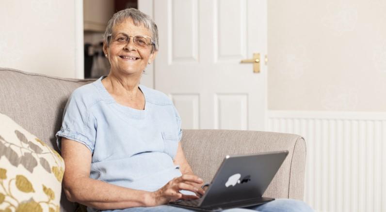 Wendy Mitchell, 61 anni. Ha ricevuto una diagnosi di demenza nel 2014