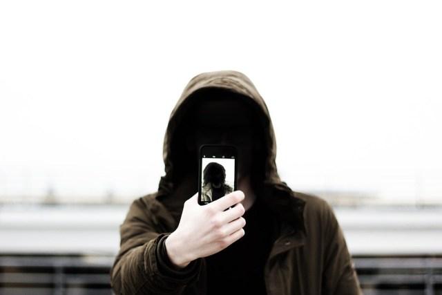 Više od 250 ljudi poginulo praveći selfi