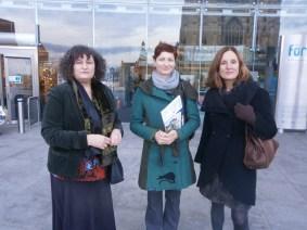 Са Ники Ротсос и Хелен Селек из одсека за културу Градског већа