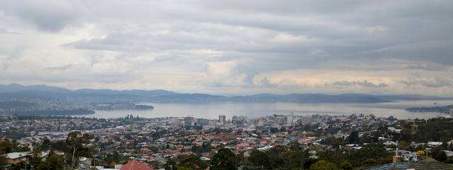 Hobart from Knocklofty