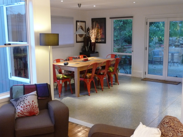 Dining and lounge rooms