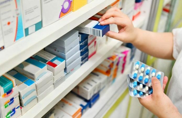 Saiba como adquirir remédios com 90% de desconto ou até de graça