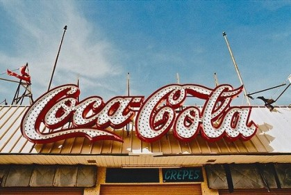 cola coca aesthetic 90s 50s 60s retro wallpapers 1950 pastel heart aesthetics backgrounds coke anime rockabilly vibes gives some classic