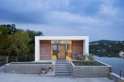 Cliffside Residence by Specht Architects in Austin, Texas