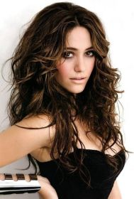 hairstyles messy wavy long ombre hair refulgent emmy brown rossum hairstyle source charming