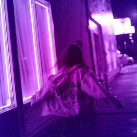 aesthetic purple neon violet lonely photography
