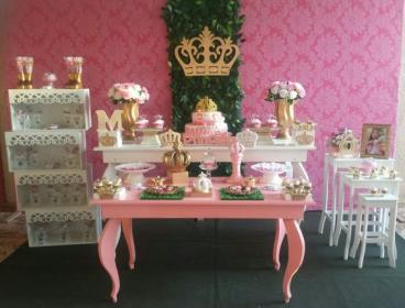 Baby shower themes : fashion themes for boys and girls