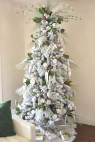tree pine cone themed flocked homewithholliday trees holliday lights rustic