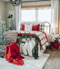 cozy farmhouse rustic theme bedding trees holiday decoration decorations aesthetic bed holidays housedcr nice candles pretty homepiez cynthiapina thewondercottage gardeninspiration