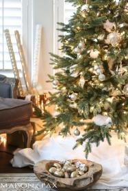 christmas decorating tree decor decorations trees maisondepax living frosted natural pax maison colors neutral mantel greenery many