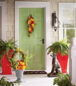 porch decorating decor summer welcoming warm door decorate porches entry wall countrydoor outdoor doors decoration inspiring elegant swag findzhome ferns
