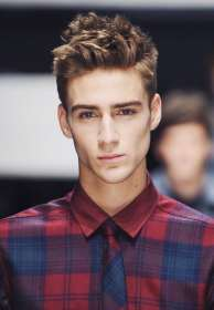 mens short haircuts corto haircut hairstyles pelo hombre stylish messy tousled peinados capelli hairstyle curto cabelo jung boys frei corti