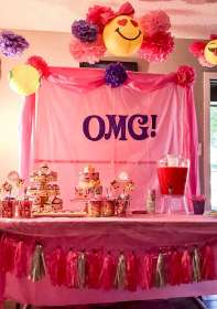 birthday party emoji theme themes decorations parties table pink girly 13th dessert 11th 10th birthdays catch bday georgia idea emojis